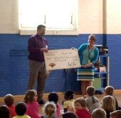 Hannaford Supermarket Awards WRS $1,000!
